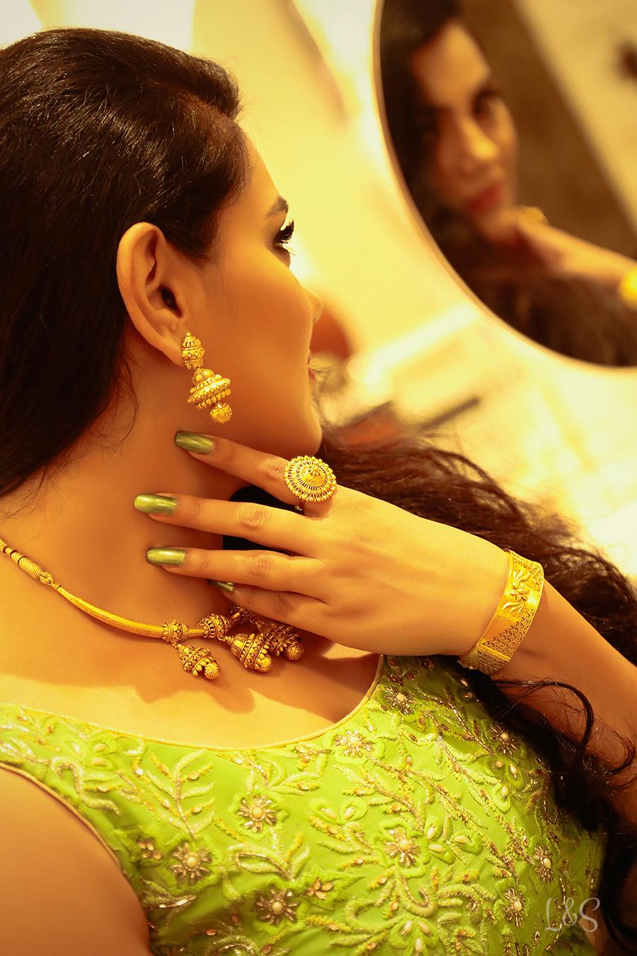 BJ PHOTOGRAPHY EDITOR | Studio Lush Look - Jwelery - Green 18-Oc