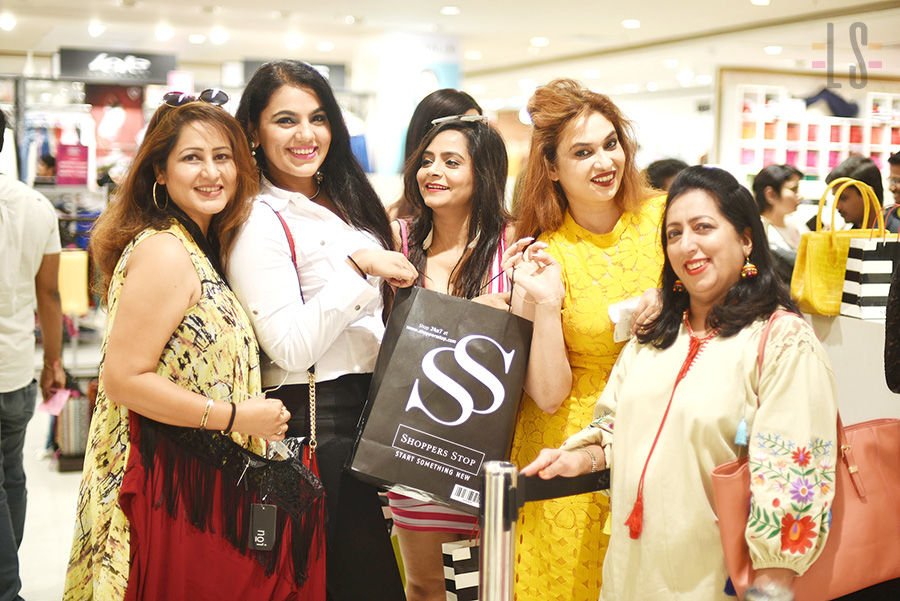 shoppers-stop2